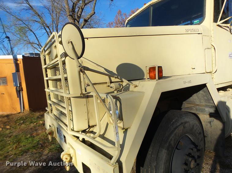 Detail photo of 1983 AM General M915A1 from Construction Equipment Guide