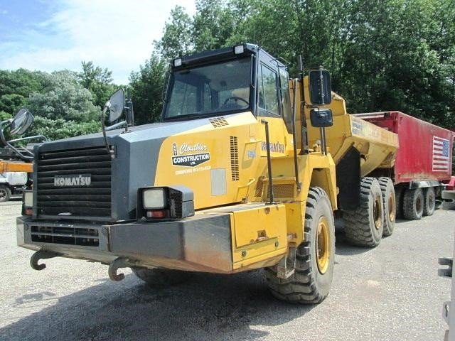 Detail photo of 2006 Komatsu HM300-2 from Construction Equipment Guide