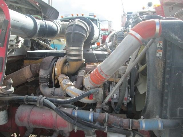 Detail photo of 2007 Kenworth T800 from Construction Equipment Guide