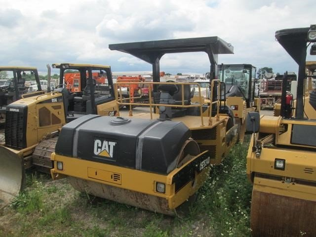 Detail photo of 2005 Caterpillar CB-634D from Construction Equipment Guide