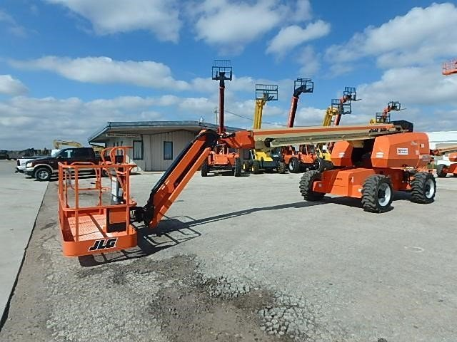 Detail photo of 2016 JLG 660SJ from Construction Equipment Guide