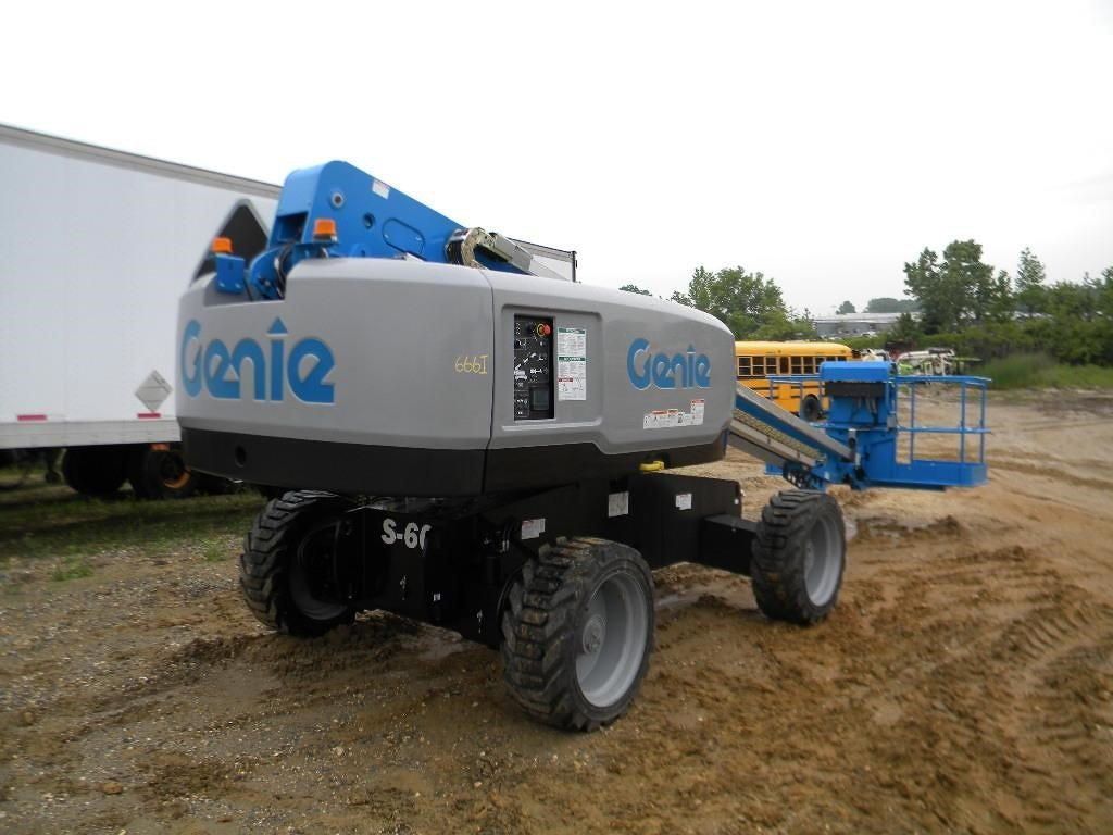 Detail photo of 2016 Genie S60X from Construction Equipment Guide