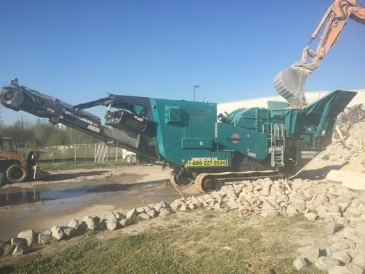 Detail photo of 2015 Powerscreen TRAKPACTOR 320 from Construction Equipment Guide