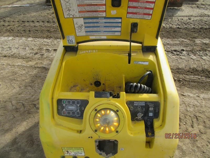 Detail photo of 2011 Wacker Neuson RT82 from Construction Equipment Guide