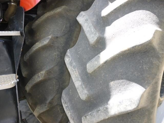 Detail photo of 2011 Case IH MAGNUM 305 from Construction Equipment Guide