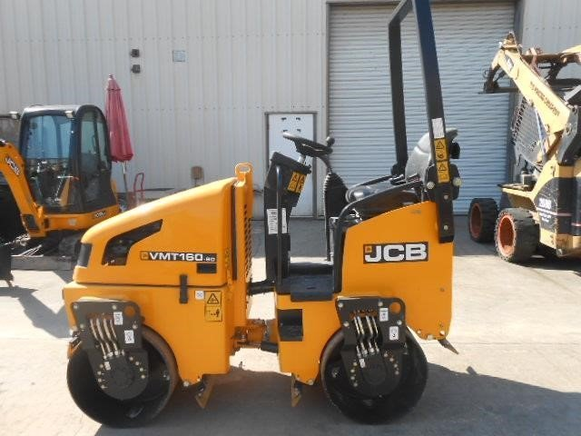 Detail photo of 2015 JCB VIBROMAX VMT160 from Construction Equipment Guide