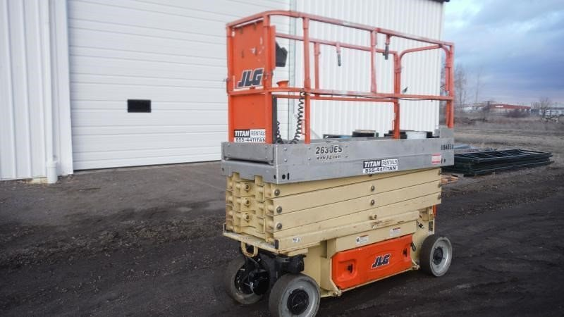 Detail photo of 2011 JLG 2630ES from Construction Equipment Guide