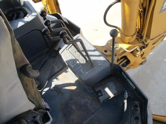 Detail photo of 2005 John Deere 310G from Construction Equipment Guide