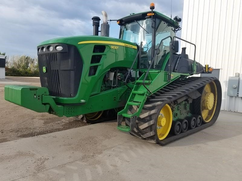 Detail photo of 2010 John Deere 9630T from Construction Equipment Guide