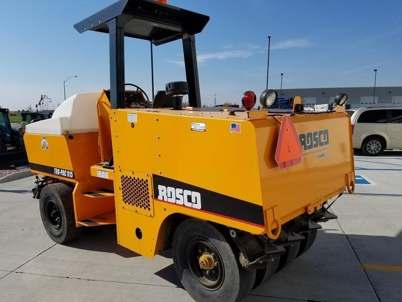 Detail photo of 2014 Rosco TRUPAC 915 from Construction Equipment Guide
