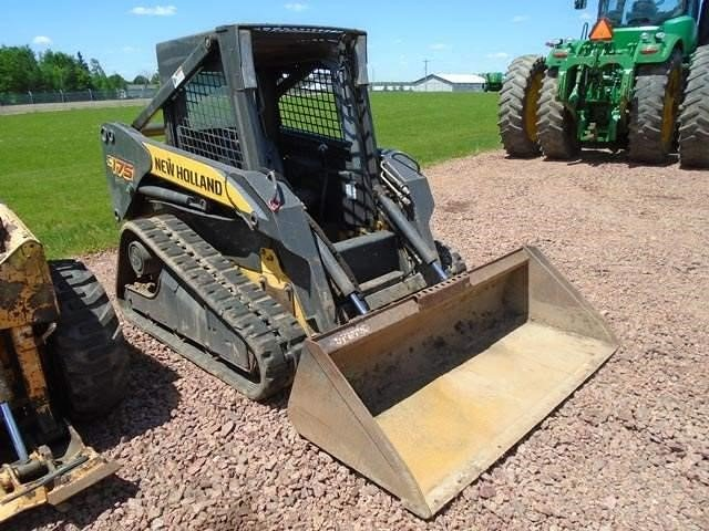 Detail photo of 2011 New Holland C175 from Construction Equipment Guide