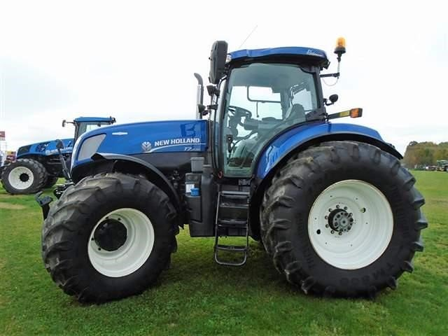 Detail photo of 2013 New Holland T7.270 from Construction Equipment Guide