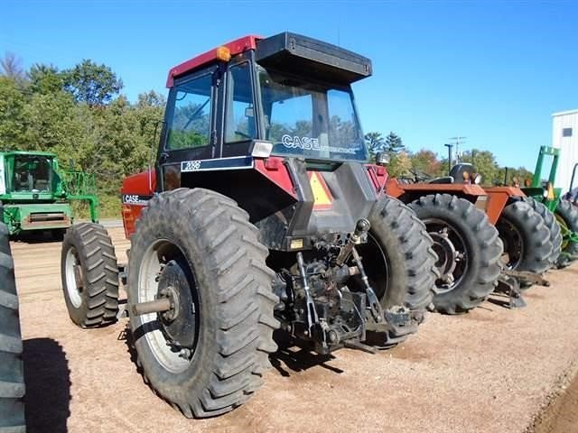 Detail photo of 1985 Case IH 2096 from Construction Equipment Guide