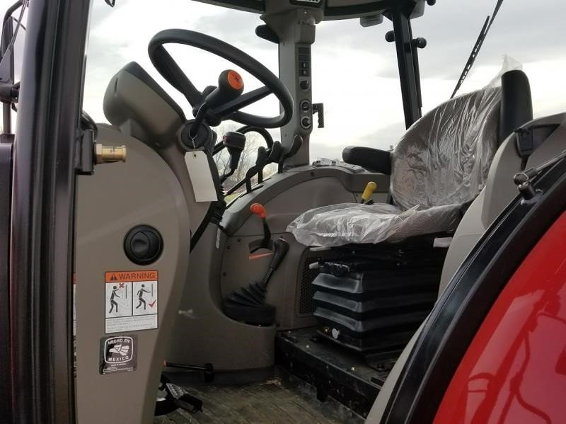 Detail photo of 2015 Case IH FARMALL 140A from Construction Equipment Guide