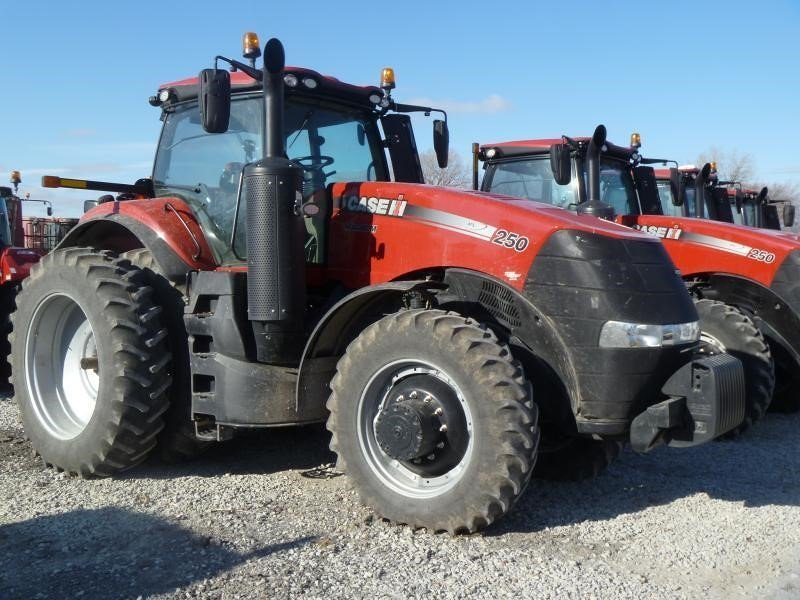 Detail photo of 2015 Case IH MAGNUM 250 from Construction Equipment Guide