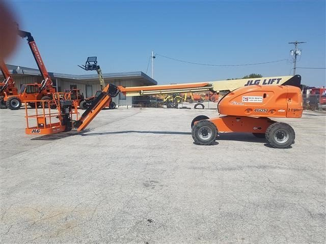 Detail photo of 2014 JLG 460SJ from Construction Equipment Guide
