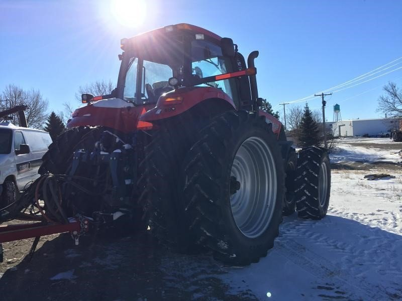Detail photo of 2013 Case IH MAGNUM 315 from Construction Equipment Guide