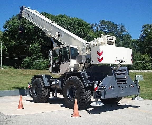 Detail photo of 2018 Terex RT 555-1 from Construction Equipment Guide