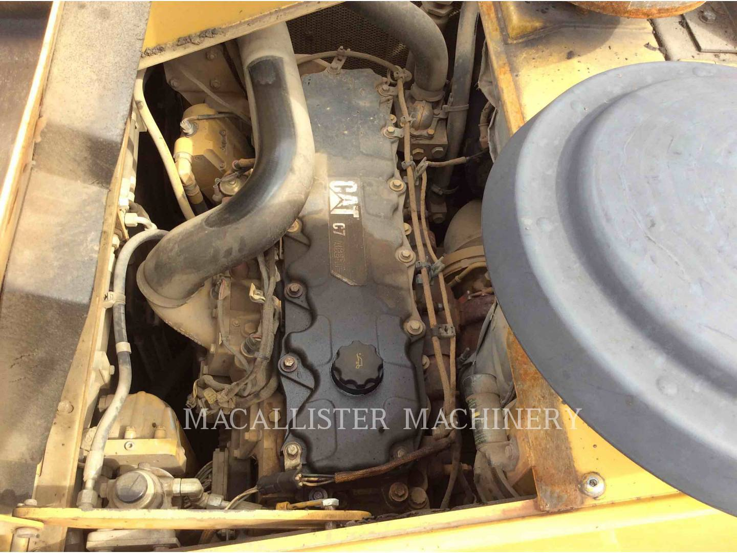 Detail photo of 2009 Caterpillar AP1055D from Construction Equipment Guide