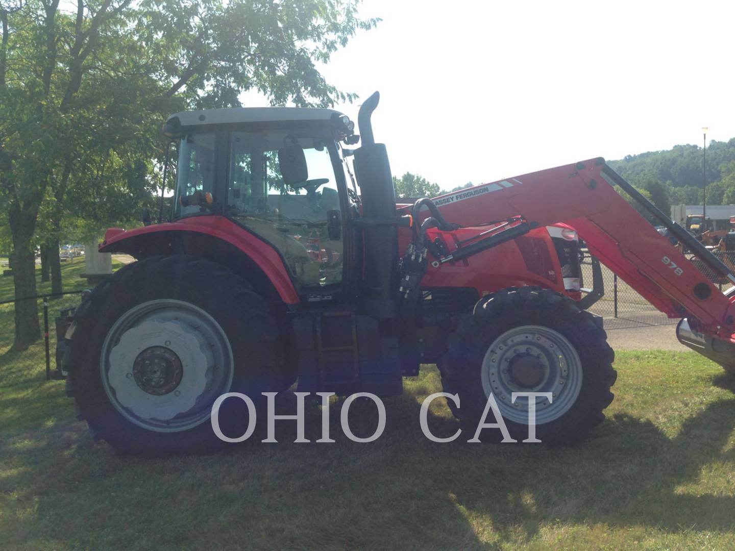 Detail photo of 2013 Massey Ferguson MF7620 from Construction Equipment Guide