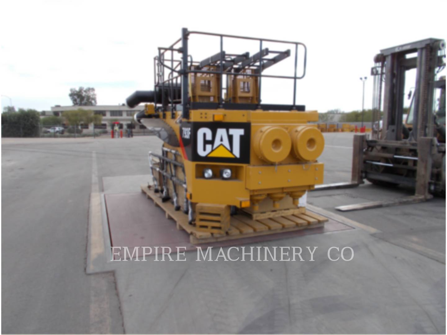 Detail photo of 2011 Caterpillar 793F from Construction Equipment Guide