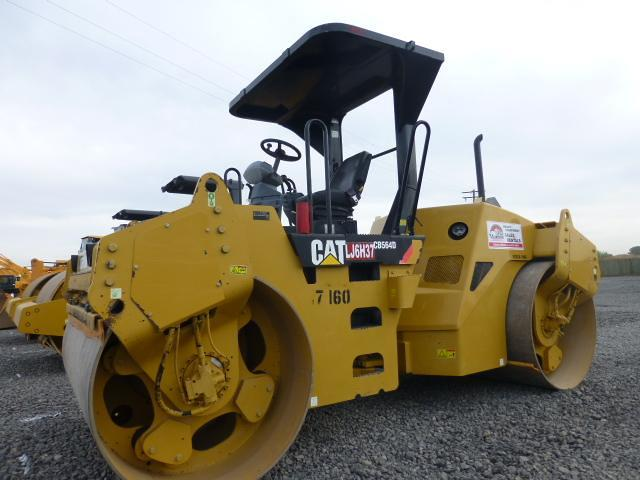 Detail photo of 2007 Caterpillar CB564D from Construction Equipment Guide