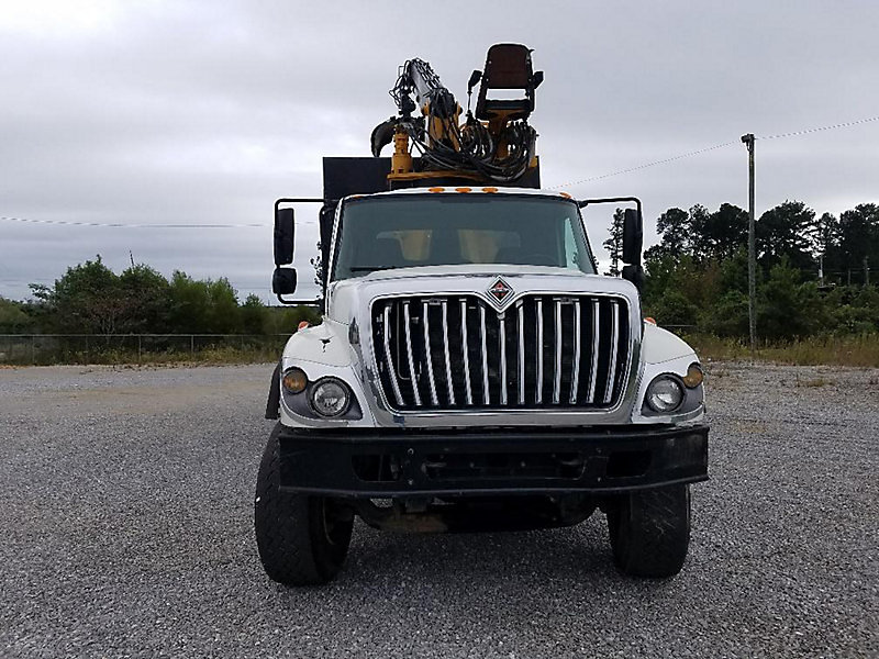 Detail photo of 2009 International 7500 from Construction Equipment Guide