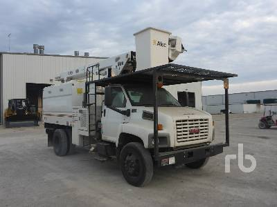 Detail photo of 2006 GMC C7500 from Construction Equipment Guide