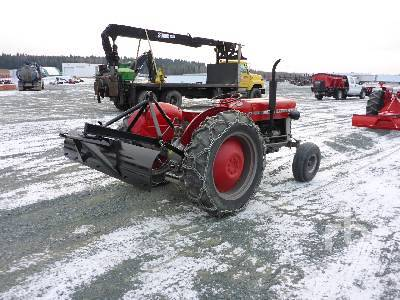 Detail photo of  Massey Ferguson 2135 from Construction Equipment Guide