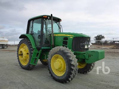 Detail photo of 2011 John Deere 7330 from Construction Equipment Guide
