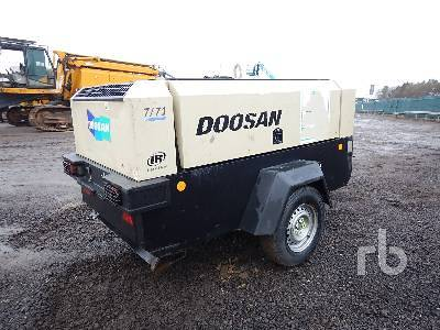 Detail photo of 2012 Doosan 7/71 from Construction Equipment Guide