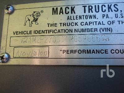 Detail photo of 2001 Mack RD688S from Construction Equipment Guide