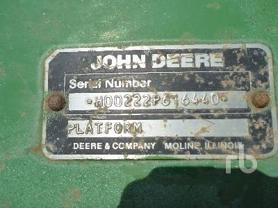 Detail photo of  John Deere 222 from Construction Equipment Guide