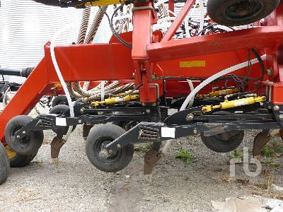 Detail photo of 2006 Bourgault 3310PHD from Construction Equipment Guide