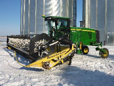 Detail photo of 2014 John Deere R450 from Construction Equipment Guide