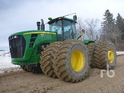 Detail photo of 2011 John Deere 9530 from Construction Equipment Guide